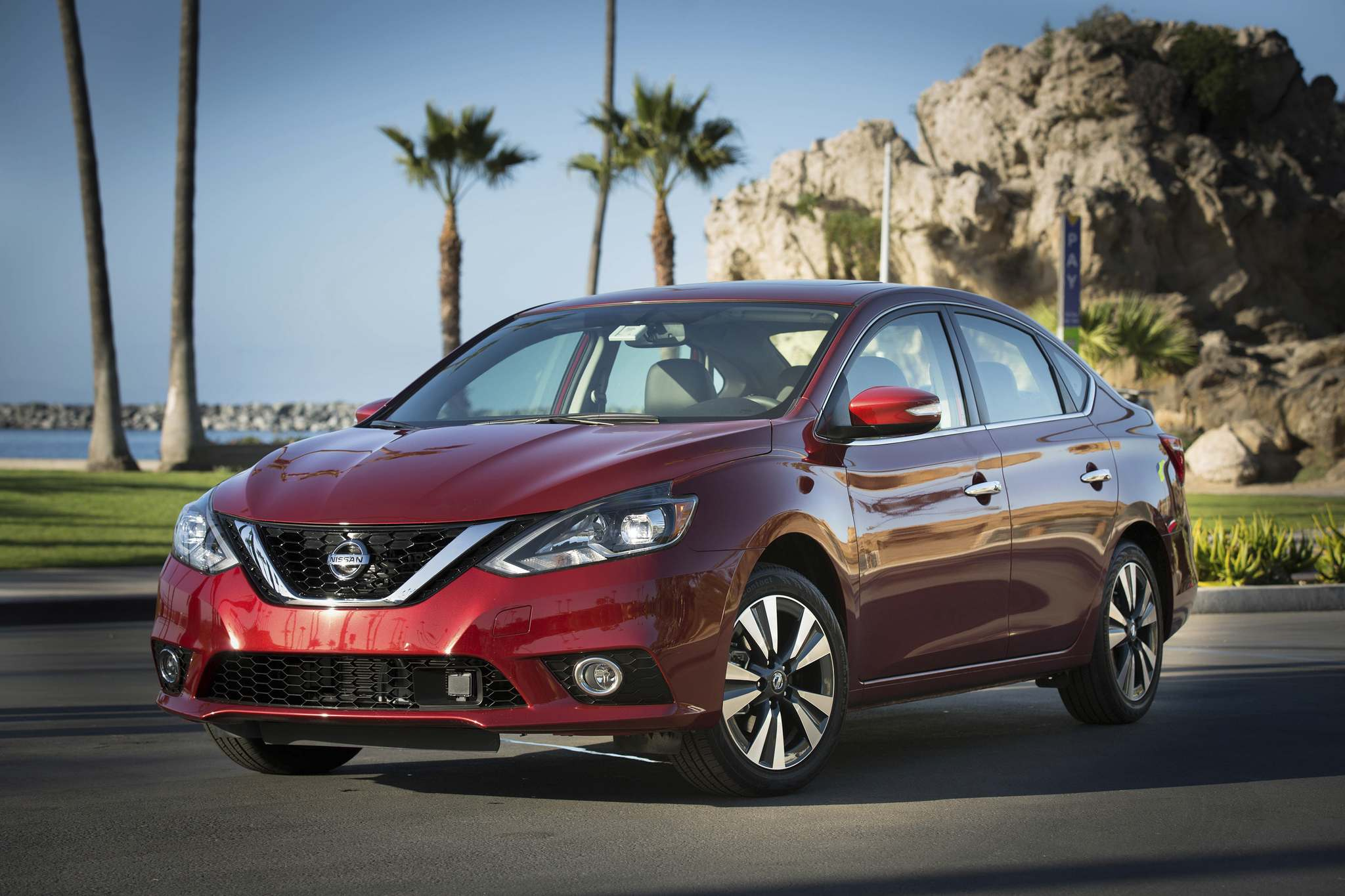 NISSANThe Nissan Sentra earned a superior rating in the IIHS's front crash-prevention testing.