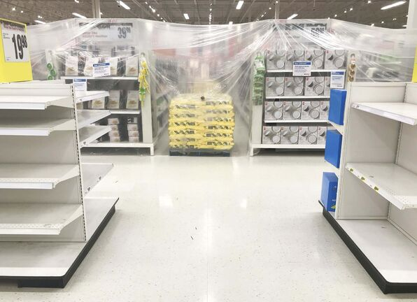 Changes to the pandemic rules could mean removing the current restriction preventingthe in-person purchase of non-essential items. MIKE DEAL / WINNIPEG FREE PRESS FILES