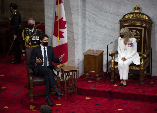 Prime Minister Justin Trudeau speaks with Gov.Gen Julie Payette ahead of her delivery of the Speech from the Throne in the Senate chamber, at the Senate of Canada Building in Ottawa, on Wednesday, Sept. 23, 2020. THE CANADIAN PRESS/Justin Tang