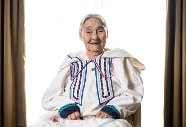 Inuk elder honoured for helping the home front during Second World War