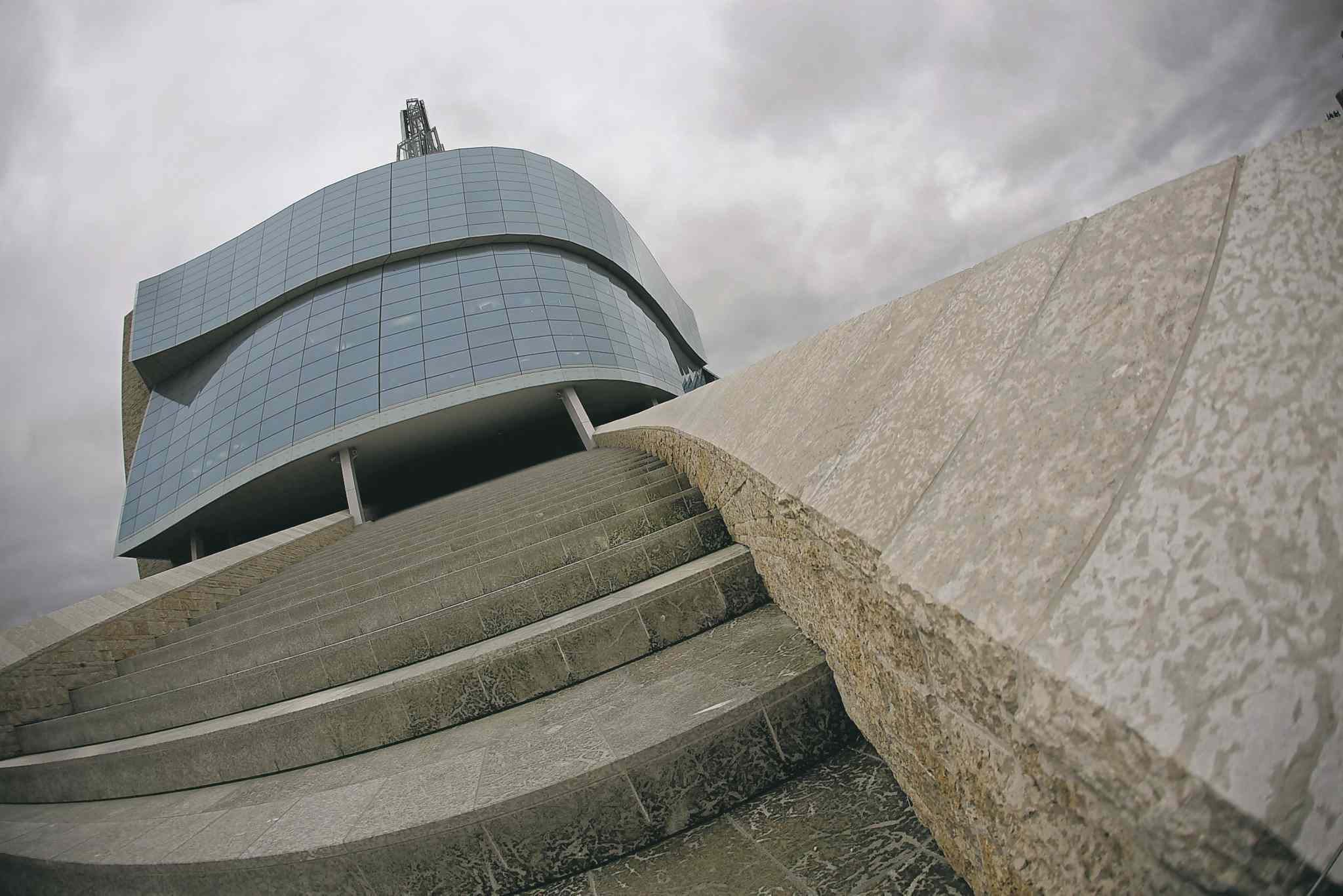 John Woods / Winnipeg Free PressOn Saturday, four of the 11 galleries in the Canadian Museum for Human Rights will be open to the 9,000 people who got tickets to preview tours.