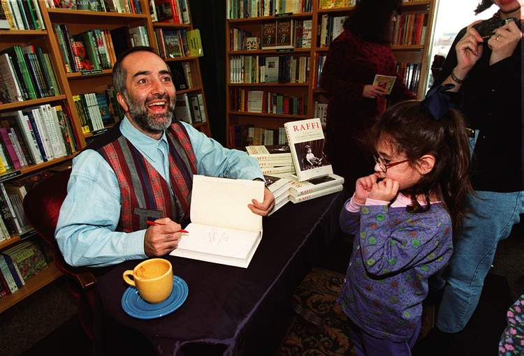 November 9, 1998: Raffi signs his autobiography