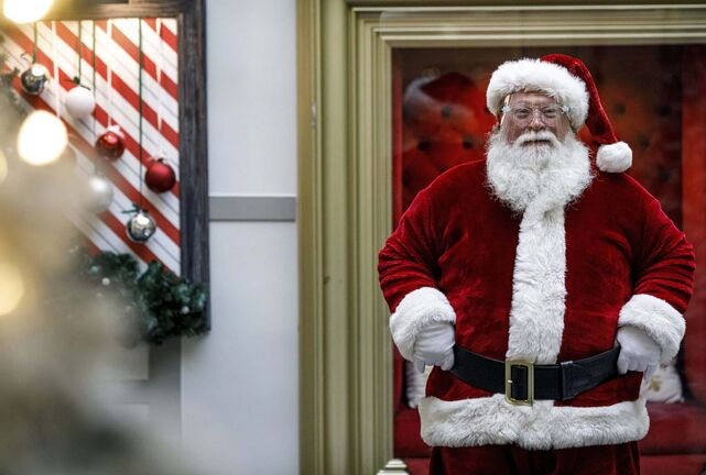 Dan Gleiter / The Patriot-News / The Associated Press</p><p>Santa Claus is wearing a protective shield this year.</p>