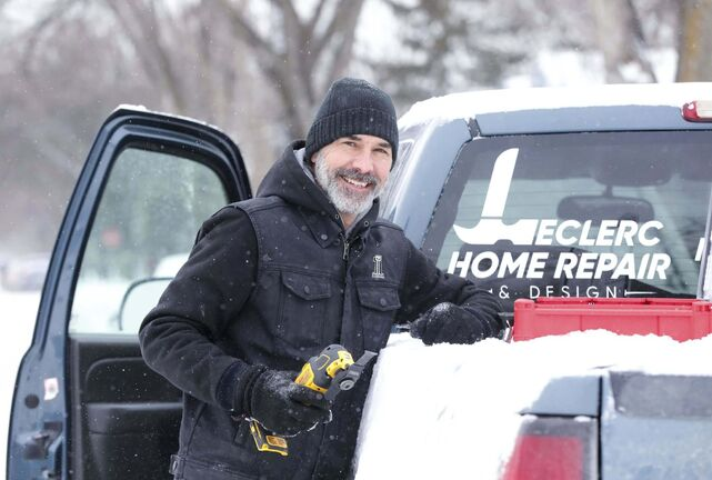 RUTH BONNEVILLE / WINNIPEG FREE PRESS</p><p>ENT - Gord Leclerc</p><p>Photos of Gord Leclerc with his truck and logo.</p><p>Former CTV anchor Gord Leclerc has replaced his microphone with a hammer etc as he's opened his own home repair and design firm in the city.</p></p><p>Doug</p></p><p>Feb 04, 2021</p>