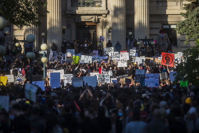 An estimated 15,000 people gathered at the Manitoba Legislative Building on Friday during the Justice 4 Black Lives rally. (Mikaela MacKenzie / Winnipeg Free Press files)