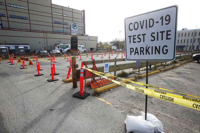 The COVID-19 mobile testing centre at Portage and Erin. (John Woods / Winnipeg Free Press files)