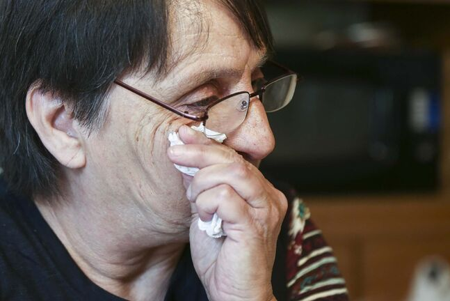 MIKE DEAL / WINNIPEG FREE PRESS Linda Berard at her home near Portage La Prairie talks about her daughter, Margaret Marie Berard, who recently died from an Oxi overdose. 180524 - Thursday, May 24, 2018.</p>