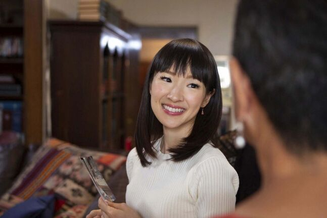 Home organizer Marie Kondo in Netflix's new reality series, Tidying Up with Marie Kondo. (Denise Crew / Netflix)