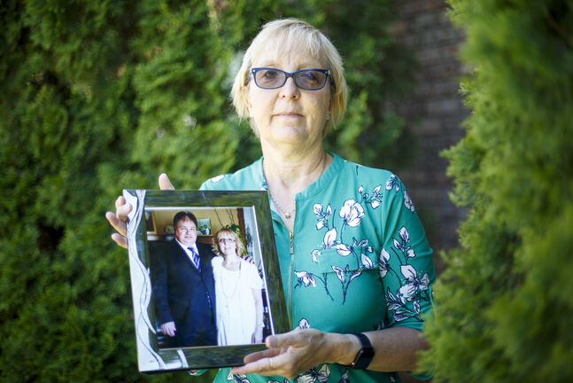 Lori Foster was married to John Foster in May of 2014. He just missed the couple's seventh wedding anniversary when he died in April while in palliative care at Riverview. (Mike Deal / Winnipeg Free Press)