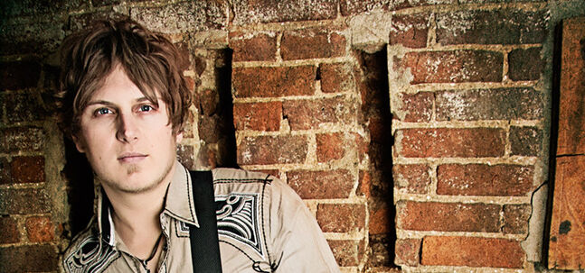 Jason Blaine won CMT's Project Discovery talent search program in 2002.