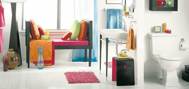 Eclectic decor -- by choice or necessity -- can make a rook colourful and really bring it to life.