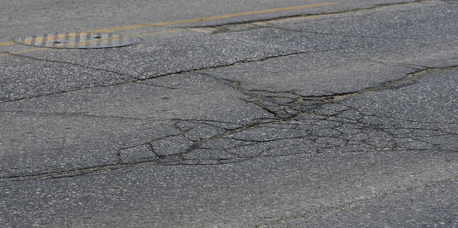 Winnipeggers consider fixing streets their highest priority.