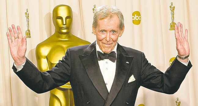 Peter O'Toole receives an honorary award at the Academy Awards in 2003. He was nominated eight times for an Oscar but never won one.