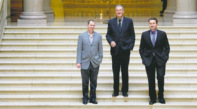 New MLAs Shannon Martin (left) and Doyle Piwniuk flank PC leader Brian Pallister.