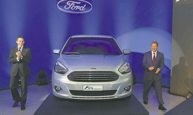 Steven Armstrong, Ford Brazil president, and Bill Ford, Executive Chairman, Ford Motor Company, unveil the Ka Concept in Camacari, Brazil on Nov. 13.