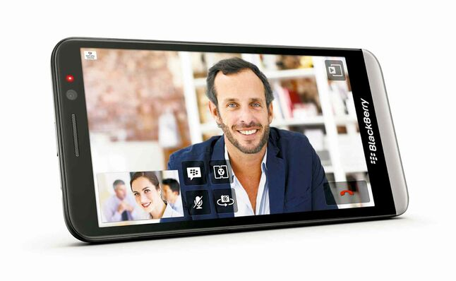 The BlackBerry Z30 will hit the market in the coming weeks -- this time with a larger screen.