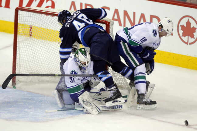 Winnipeg Jets Devin Setoguchi tries to score in the third period.
