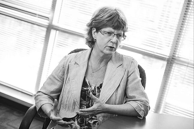 Winnipeg Regional Health Authority CEO Arlene Wilgosh. (David Lipnowski / Winnipeg Free Press files)