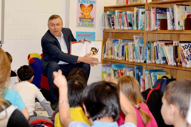 Jim Maloway, MLA for Elmwood, celebrates I Love to Read Month with students at Lord Selkirk Elementary School.
