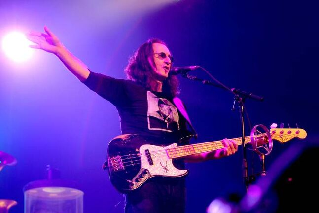 Rush lead vocalist Geddy Lee gestures to the Winnipeg crowd Wednesday evening.