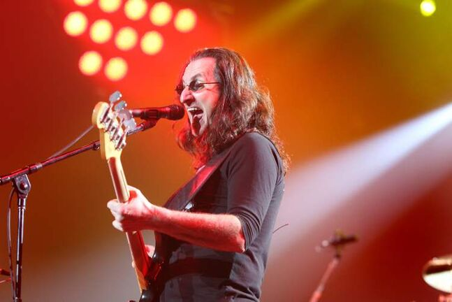 Rush lead vocalist Geddy Lee belts it out.