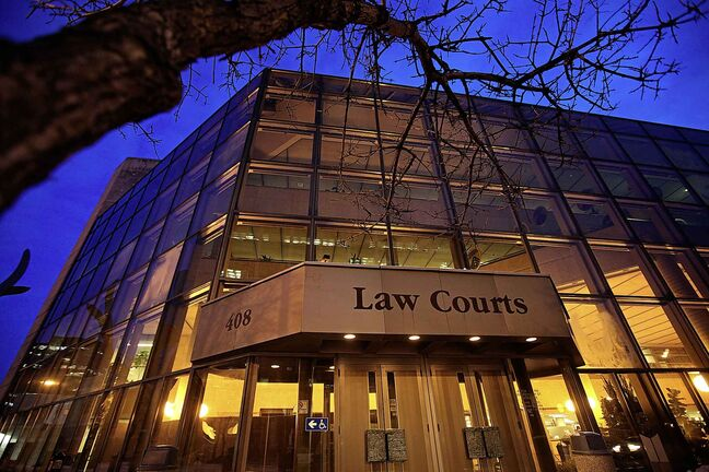 Outside shot of the Law Courts Building on York and Kennedy.  For Mike McIntyre's story.    February 04, 2016 Ruth Bonneville / Winnipeg Free Press