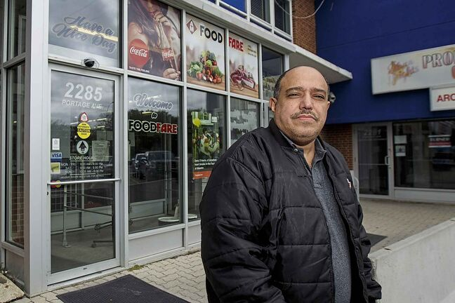 Munther Zeid was ordered to close his Food Fare location at 2285 Portage Ave. Monday by a provincial inspector who threatened to call the police on him. (Mike Deal / Winnipeg Free Press)