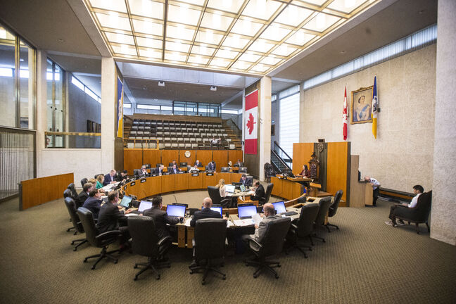 MIKAELA MACKENZIE / WINNIPEG FREE PRESS  The last meeting of the current council membership at City Hall in Winnipeg on Thursday, Sept. 20, 2018.