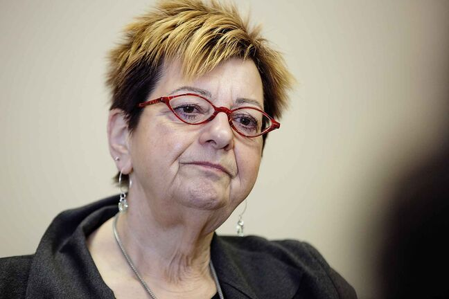 MNU president Darlene Jackson believes rates of violence against health-care workers are rising due to provincewide struggles with methamphetamine use and an ongoing Winnipeg hospital consolidation plan, causing undue stress. (Mike Deal / Free Press files)