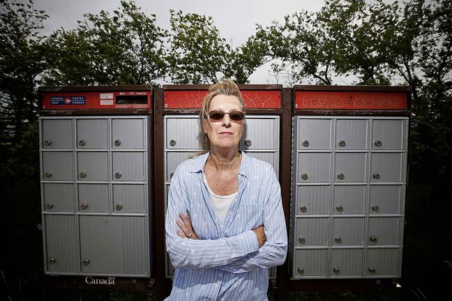 JOHN WOODS / WINNIPEG FREE PRESS  Colleen Baldwin is photographed at her rural mailbox just outside Winnipeg in the RM of Springfield Monday, August 26, 2019. Baldwin hasn't received mail for 2 weeks.    Reporter: Tessa