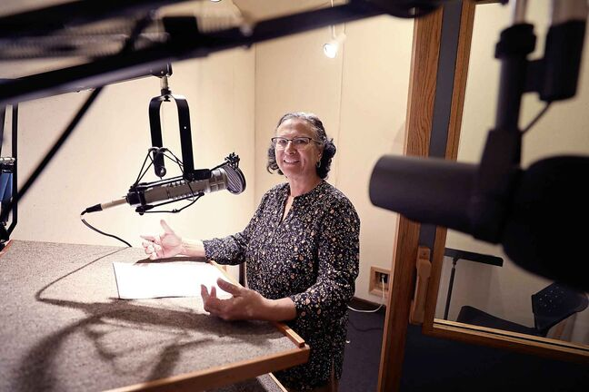 Marina Pinto is the host of the Spanish-language radio show Family Encounter. A mix of interviews and biblical reflection, the show provides practical advice for family life information and spiritual encouragement. (Ruth Bonneville / Winnipeg Free Press)