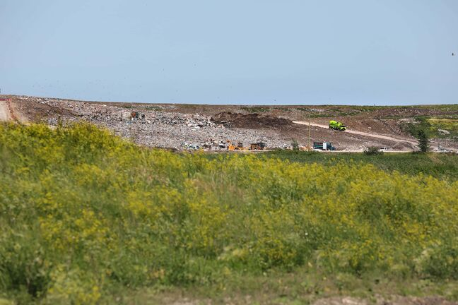 RUTH BONNEVILLE / WINNIPEG FREE PRESS  Local - Brady Landfill   Photos of Brady Landfill in south Winnipeg for story.    July 2nd,,  2020