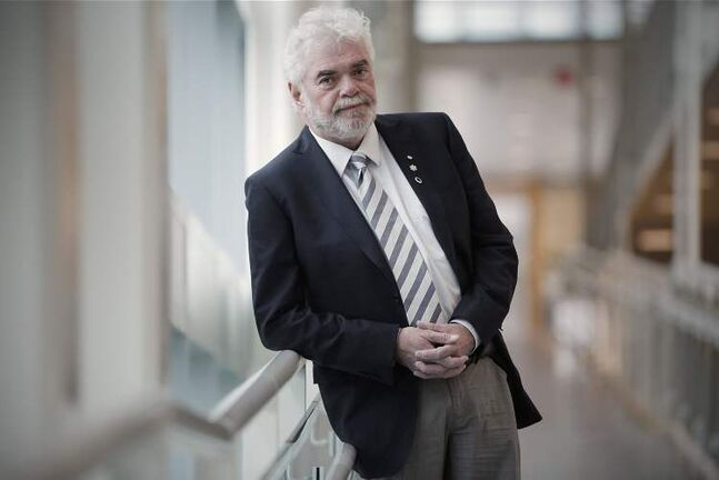 Dr. Frank Plummer is scientific director of Canada's National Microbiology Laboratory in Winnipeg.