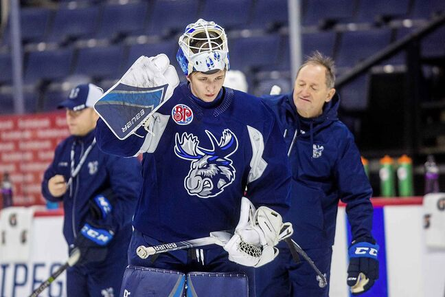 MIKAELA MACKENZIE / WINNIPEG FREE PRESS    Goalie Mikhail Berdin at Manitoba Moose practice at Bell MTS Place in Winnipeg on Tuesday, Oct. 29, 2019.  For Taylor Allen story.  Winnipeg Free Press 2019.