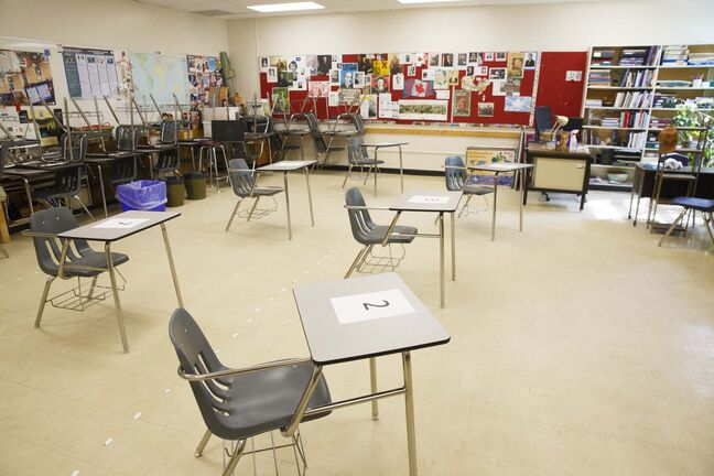 MIKE DEAL / WINNIPEG FREE PRESS A Kelvin High School classroom that has been modified to accept eight students. Staff continue to get ready for returning students at Kelvin High School Monday morning. 200601 - Monday, June 01, 2020.</p>