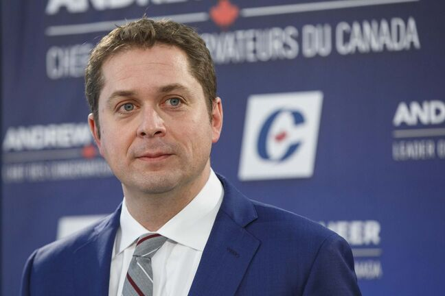 Andrew Scheer's defence of male construction camps is naive. (Mike Deal / Winnipeg Free Press files)