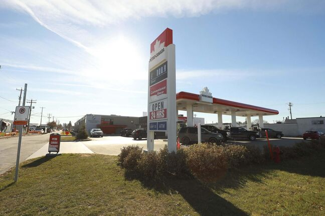 A gas station on Long Plain First Nation urban reserve helps pump money into the provincial economy. (Ruth Bonneville / Winnipeg Free Press files)