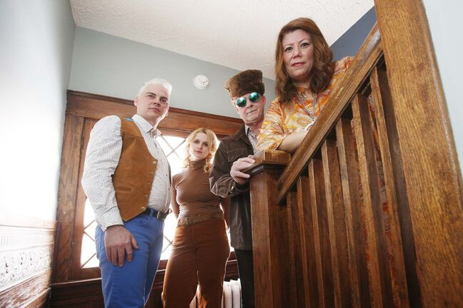 JOHN WOODS / WINNIPEG FREE PRESS</p><p>The band, The Very Groovy Thing, consists of singers Dan Rochegood (from left), Jane Fingler, Bill Quinn and Jodie Borle. The band covers &#8216;60s legends like the Mamas and Papas and performs at house parties throughout Winnipeg. It hopes to grow its fan base and perform in bigger venues.</p>