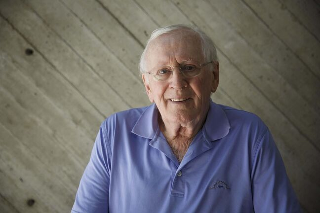 MIKE DEAL / WINNIPEG FREE PRESS Actor Len Cariou is back in town for his show 'Broadway and the Bard' that will be on from June 14 - 16 at MTYP as well as the special show, A Tribute to Steven Schipper, at the RMTC. 190529 - Wednesday, May 29, 2019.</p>