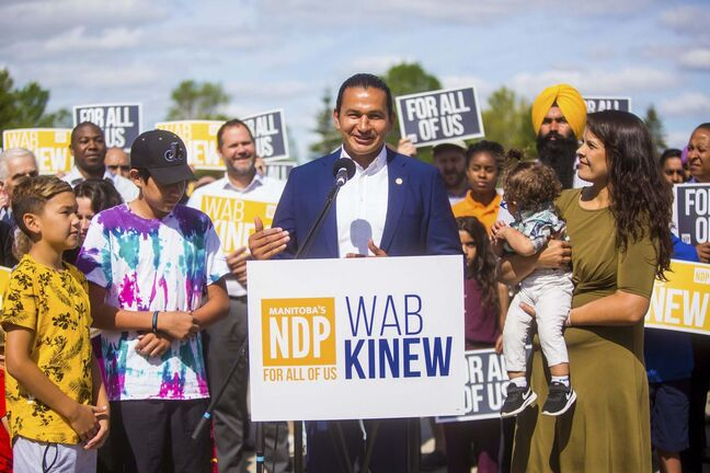 MIKAELA MACKENZIE / WINNIPEG FREE PRESS</p><p>NDP leader Wab Kinew officially launches the NDP provincial campaign at St. Vital Park in Winnipeg on Wednesday.</p>