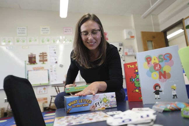 RUTH BONNEVILLE / WINNIPEG FREE PRESS</p><p>Amanda Battaglia is a Grade 1 teacher at Lord Nelson School who likes to incorporate plants, comfortable chairs, games and play areas into her classroom.</p>