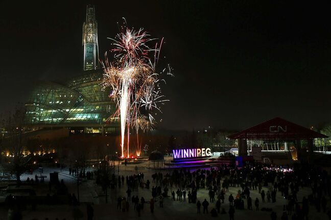 JOHN WOODS / WINNIPEG FREE PRESS Winnipeggers enjoyed festivities, activities and two fireworks shows at The Forks in Winnipeg Tuesday, December 31, 2019.</p>