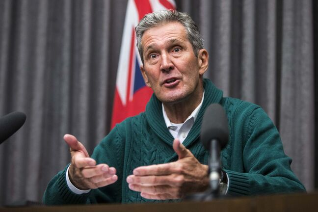 Premier Brian Pallister wrote letters to his 14 cabinet ministers with expectations of what he wants them to accomplish. (Mikaela MacKenzie / Winnipeg Free Press files)</p>