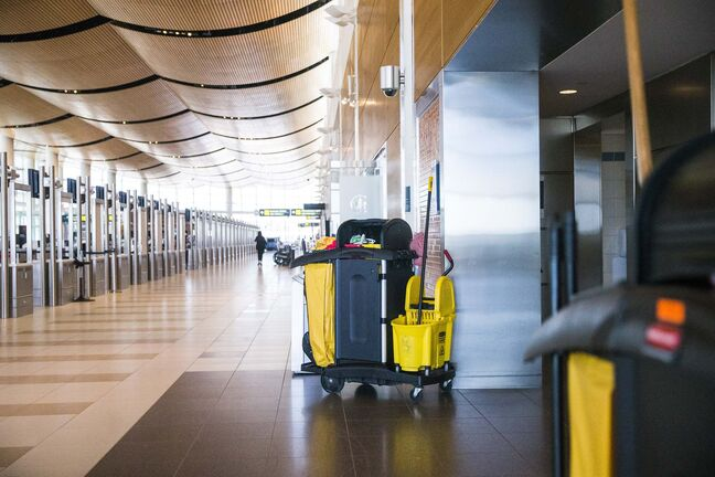 MIKAELA MACKENZIE / WINNIPEG FREE PRESS</p><p>Cleaning carts at the Winnipeg James Armstrong Richardson International Airport.</p>