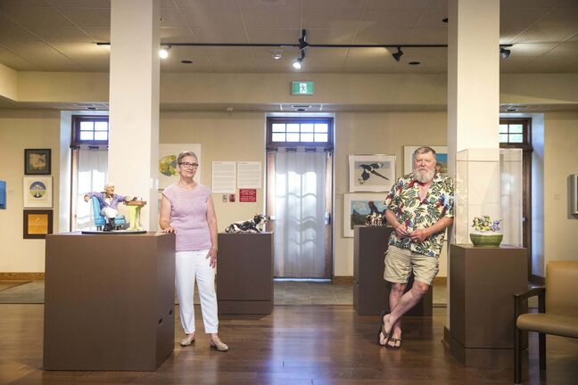 MIKAELA MACKENZIE / WINNIPEG FREE PRESS</p><p>Buhler Gallery curator Leona Herzog and artist Bill Lobchuk: the Prairie Vernacular exhibition may be scaled down but is the largest the gallery has hosted.</p></p>