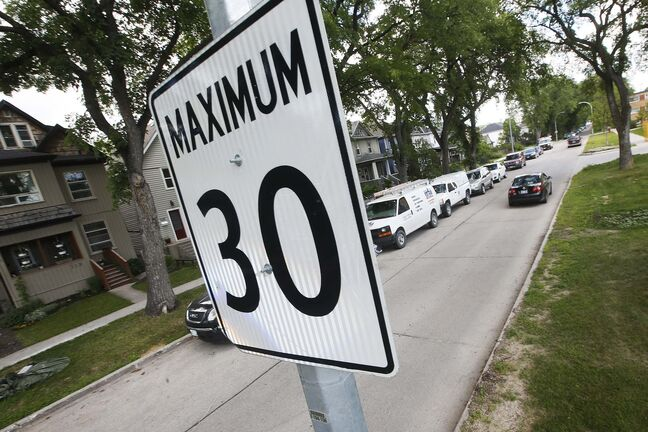 A sign warns drivers Fleet Avenue is one of five city streets in a one-year trial of a 30-km/h limit.</p></p><p>WINNIPEG FREE PRESS </p>