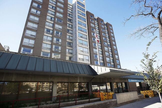 Eleven people have died at Parkview Place care home where there has been about 106 total cases, including 27 sick staff members. (John Woods / WInnipeg Free Press files)