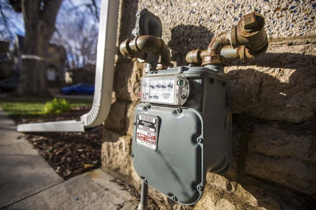 MIKAELA MACKENZIE / WINNIPEG FREE PRESS</p><p>A hydro meter in Winnipeg on Friday, Oct. 16, 2020. For Temur Durrani story.</p><p>Winnipeg Free Press 2020</p>