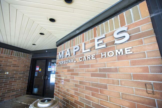 MIKAELA MACKENZIE / WINNIPEG FREE PRESS</p><p>The Maples care home in Winnipeg on Tuesday, Oct. 27, 2020. For Larry Kusch story.</p><p>Winnipeg Free Press 2020</p>