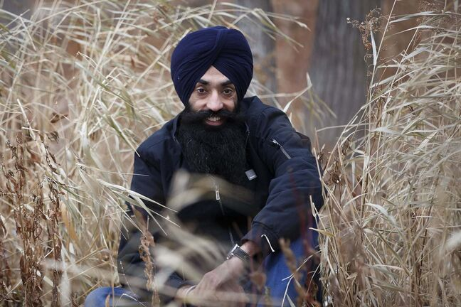 JOHN WOODS / WINNIPEG FREE PRESS</p><p>Local photographer Prabhjot Singh was selected for The Other Hundred Healers, an international project featuring heroes of the pandemic.</p>